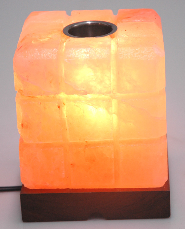 Salt-Lamp-Cube-Lined-ON